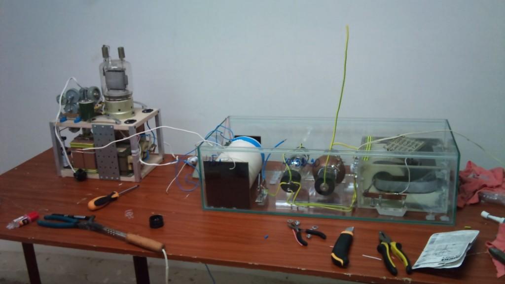 Эксперимент со сверхъемким вакуумным конденсатором