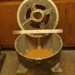 Фото №1 - очищенный корпус генератора.